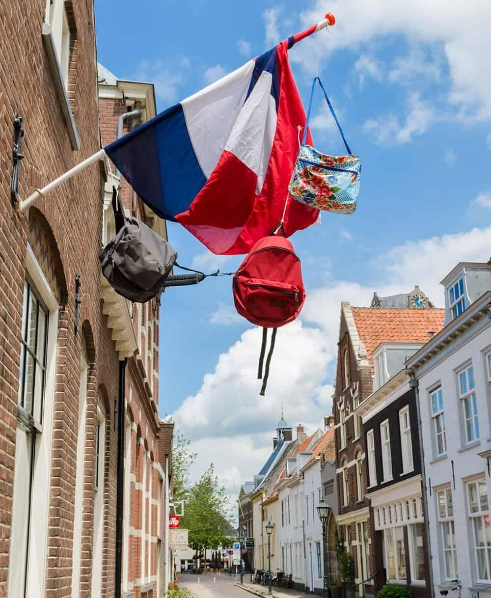 Wijk bij Duurstede - tas met vlaggen