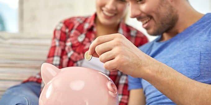 samen praten over geld vriend vriendin partner ruzie
